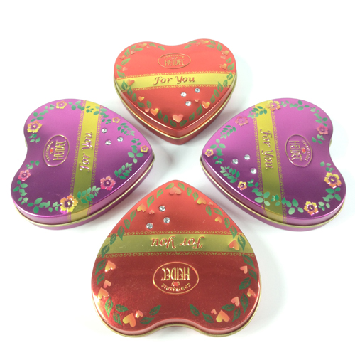 heart tin box with diamonds