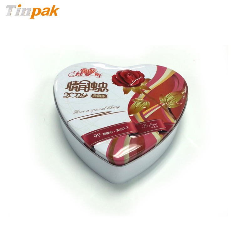 Elegant heart shaped chocolate tin